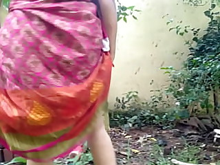 Desi townsperson bhabhi XXX  pissing make public porn