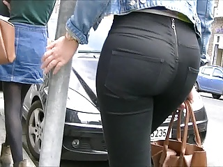Candid blondes ass surrounding tight jeans