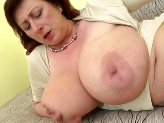 Matured queen mom with big tits and hungry cunt