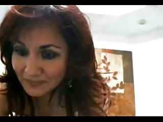 hot old milf playing with herself on a webcam