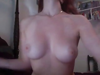 best tits ever gives her clit a good rub