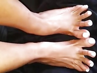 Interesting smarting toes
