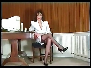 Offspring Ellis Young-Secretary Strip