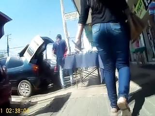 morena boa de  jeans (brunette fat ass involving jeans) 203