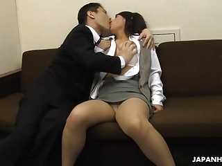 Asian secretary is drilled and facialized in her relationship at