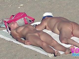 Amateurs Nudist Seaside Couples Voyeur Video