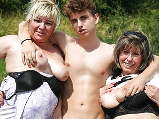 Horny Grandmas Far Hitchhiker be required of a Ride