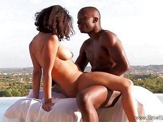 Kunjasa Exotic African Love