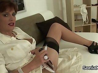 Unfaithful english mature gill ellis unveils her uncultured breasts