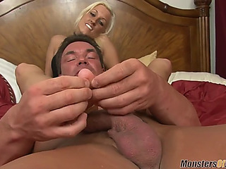 Moj hawt tanned brooke takes biggest load detach from footjob