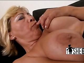 Dark cock distension blanched vagina