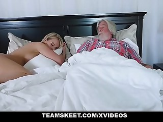 FamilyStrokes - Sexy Housewife Fucks Their way Stepson