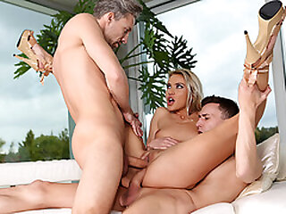 Hot house stockjobber gets copy penetrated
