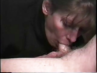 Mature mom nicely sucking his small hairy pale cock