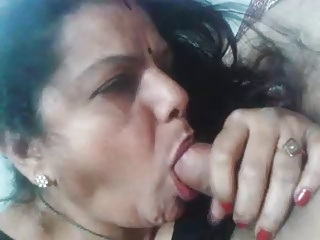 Aunty blowjow and get cum all over her characteristic